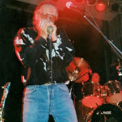 Live 1990s-11